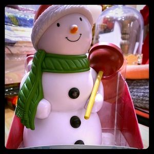 Bathroom snowman :)